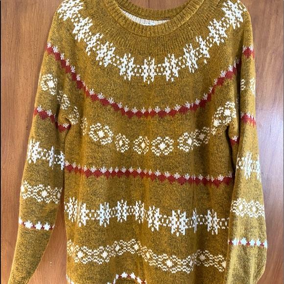 Beautiful snuggly sweater